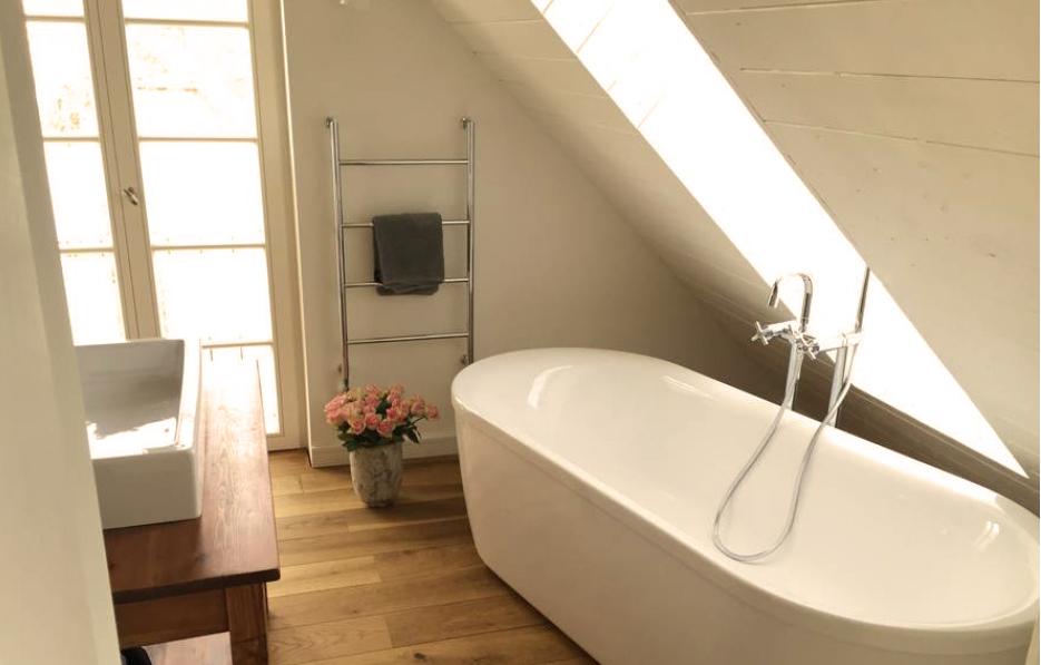 haus auf dem land ferienhaus brandenburg badezimmer bild 1